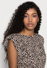 New Look Petite - SHOULDER PAD RUCHED DRESS - Day dress - beige/black - 3