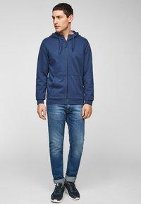 s.Oliver - FELPA - Sweat à capuche zippé - blue - 1