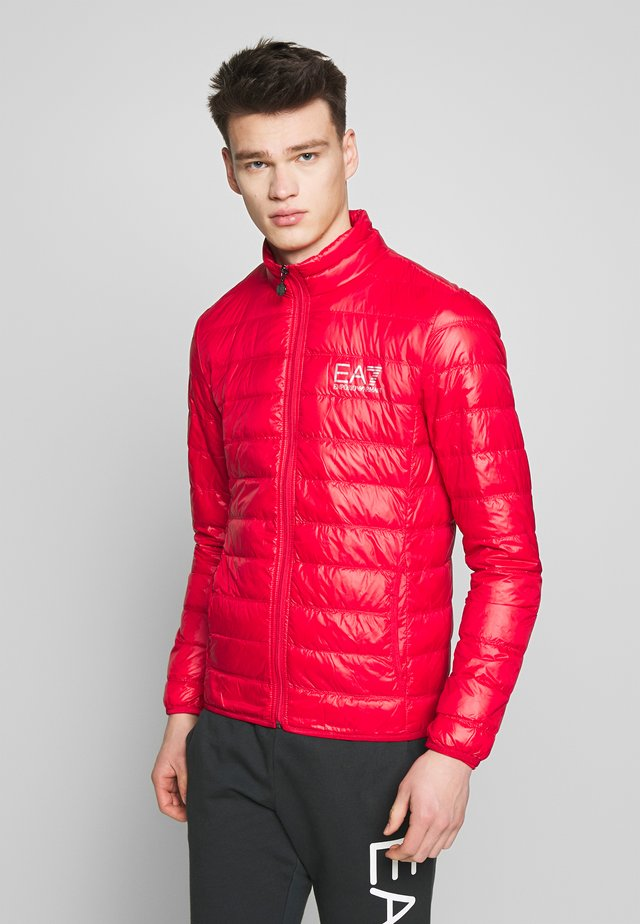 Down jacket - racing red