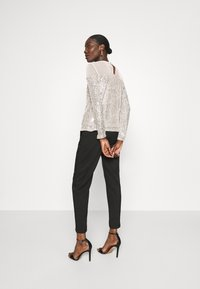 Dorothy Perkins - INSERT SEQUIN LONG SLEEVE - Blouse - champagne - 2