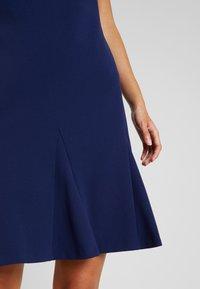 Lauren Ralph Lauren Petite - CALLY SHORT SLEEVE DAY DRESS - Vardagsklänning - dutch blue - 4