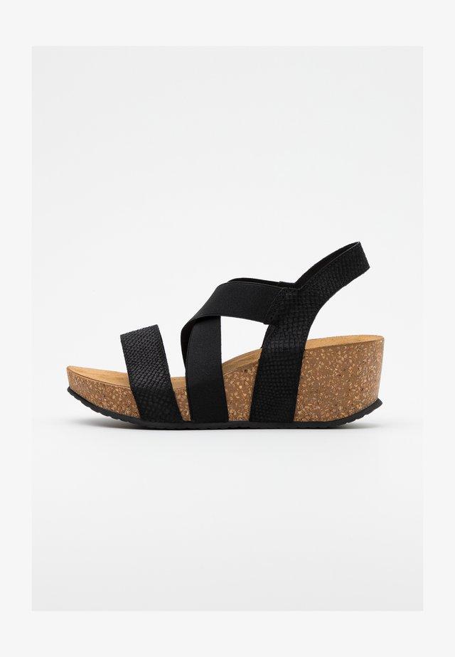 STACIA - Sandalen met plateauzool - black