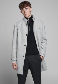 Jack & Jones PREMIUM - Classic coat - light grey melange - 0