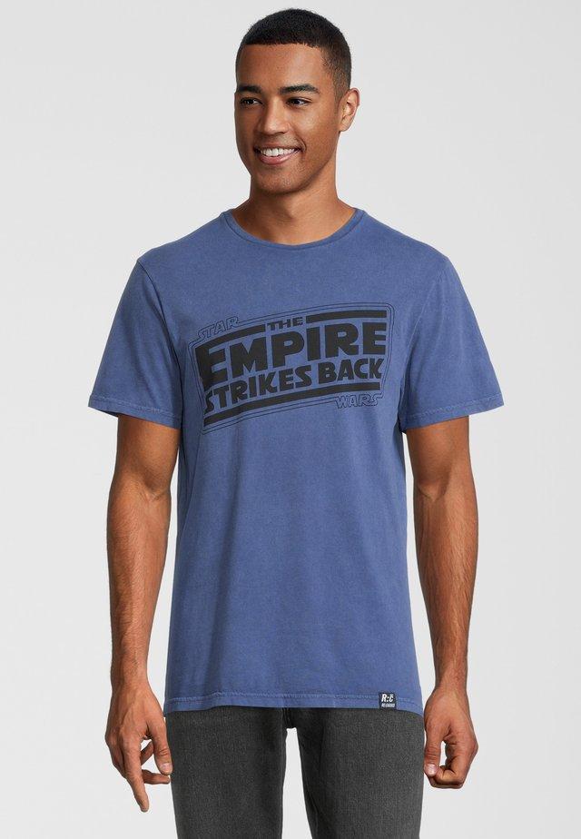 STAR WARS EMPIRE STRIKES BACK - T-shirt med print - blau