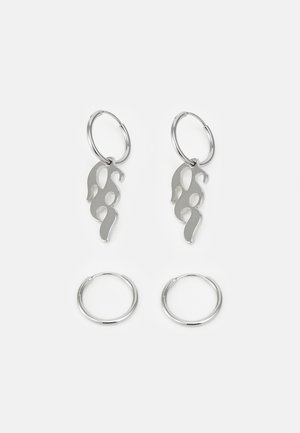 FLAME ASSYMETRIC EARRINGS UNISEX 2 PACK - Earrings - silver-coloured