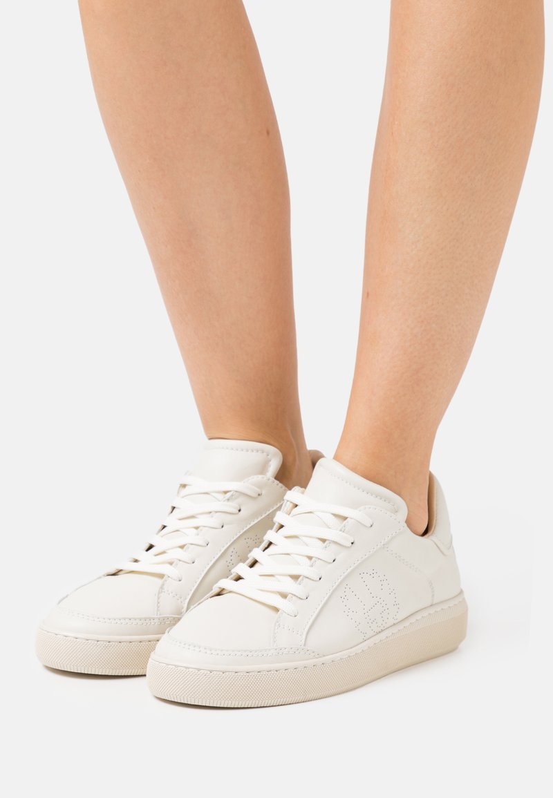 Belstaff - TRACK - Trainers - clean white