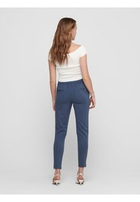 ONLY - POPTRASH EASY COLOUR  - Tracksuit bottoms - smoke blue - 2