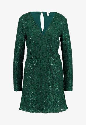 SPARKLY DRESS - Juhlamekko - green