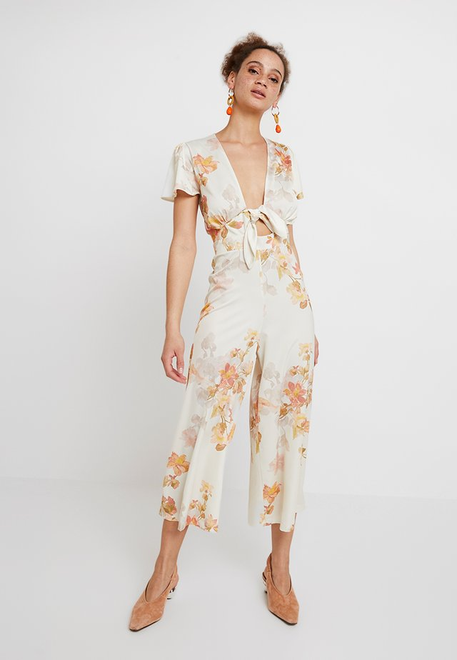Overall / Jumpsuit /Buksedragter - white/red