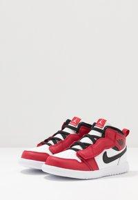 Jordan - 1 MID ALT - Basketball shoes - white/gym red/black - 3