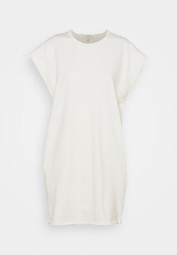 RYDER MUSCLE MINI DRESS WHITE LABEL - Žerzejové šaty - macadamian