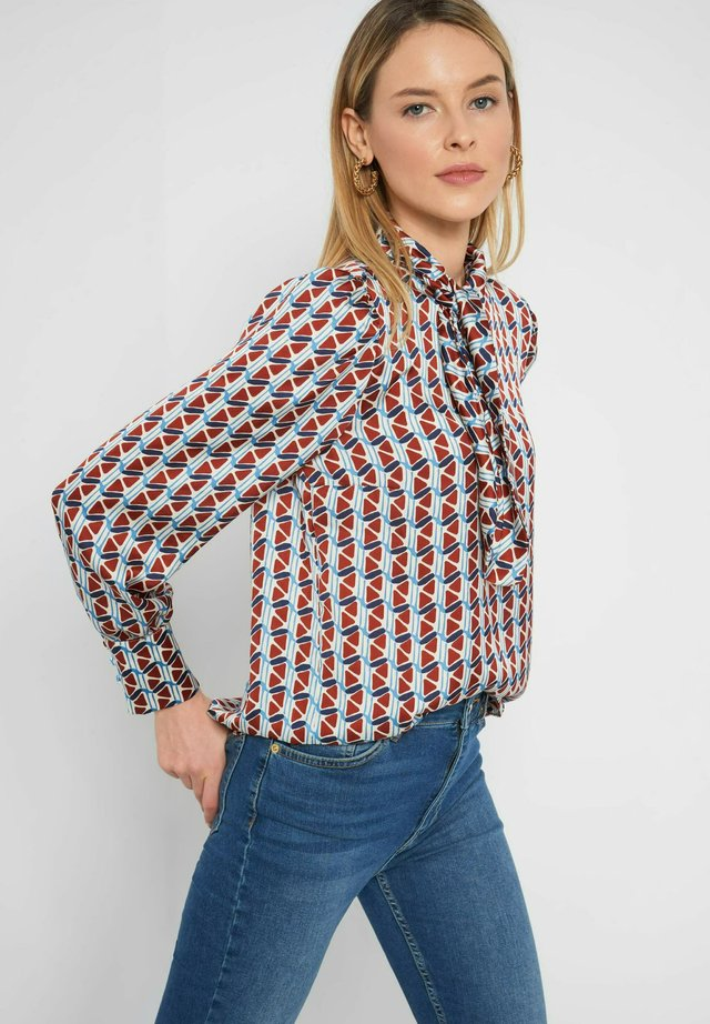 Blouse - herbstrot