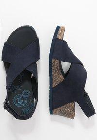 Panama Jack - VALESKA BASICS - Sandály na platformě - dunkelblau - 3