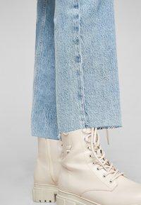 s.Oliver - REGULAR - Straight leg jeans - blue - 4