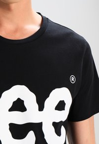 Lee - LOGO TEE - T-shirt con stampa - black - 3
