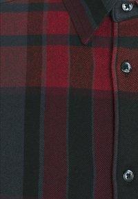 Wrangler - SHIRT - Skjorta - black - 5