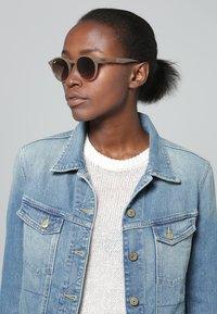 Ray-Ban - Sunglasses - light brown - 0