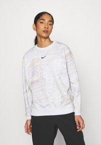 Nike Sportswear - TREND CREW - Sweatshirt - white - 0
