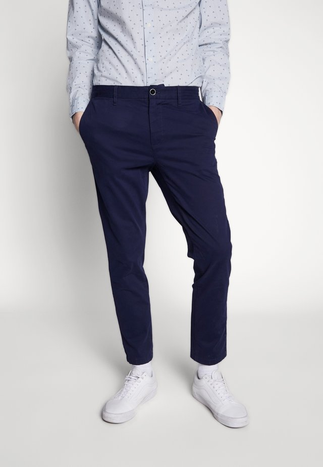 TEDDINGTON - Pantalones chinos - navy