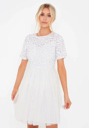 ELLIZ  - Cocktail dress / Party dress - ivory