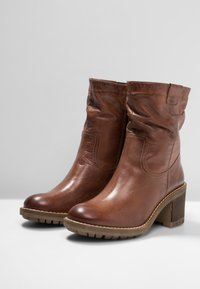 Pier One - Classic ankle boots - brown - 4