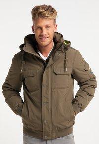 Mo - Winter jacket - militär oliv - 0