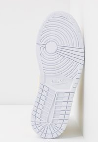 Jordan - AIR 1 MID SE - Sneakers high - fossil/white - 8