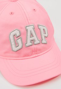 GAP - LOGO HAT - Lippalakki - neon impulsive pink - 2