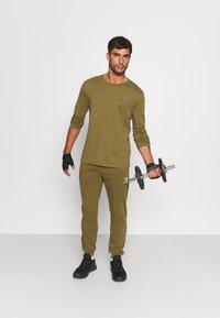 Diadora - CHROMIA - Long sleeved top - olive green - 1