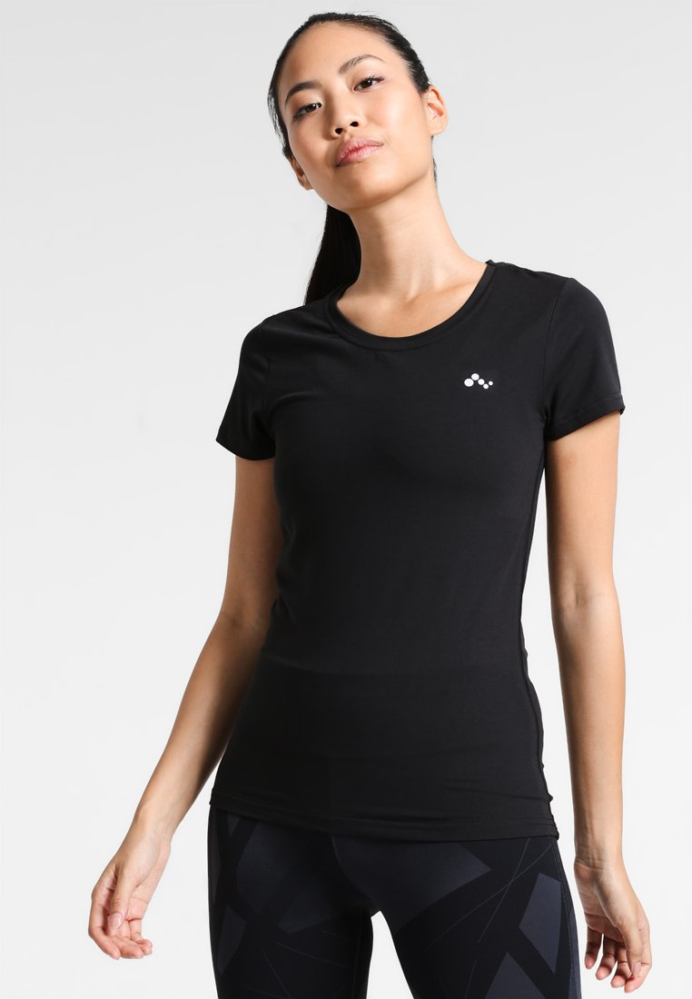 ONLY Play - ONPCLARISSA TRAINING TEE - Basic T-shirt - black