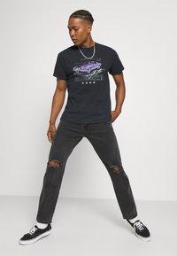 Mennace - ON THE RUN  - Jeans baggy - black - 3
