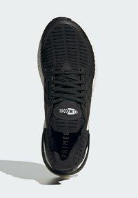 adidas Performance - ULTRABOOST DNA CC_1 CLIMA RUNNING - Scarpe da corsa stabili - black - 3