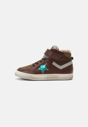 IAN - Sneakers hoog - brown