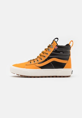 SK8 MTE 2.0 DX UNISEX - Sneakersy wysokie - apricot/black