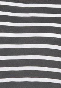 GAP - LUXE - Print T-shirt - black white - 2
