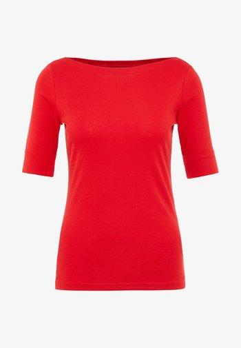 JUDY ELBOW SLEEVE - Basic T-shirt - lipstick red