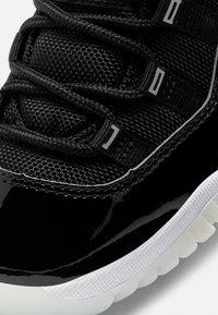 Jordan - 11 RETRO UNISEX - Vysoké tenisky - black/multicolor - 5