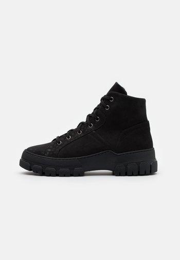 MEJA OUTDOOR - Zimní obuv - black