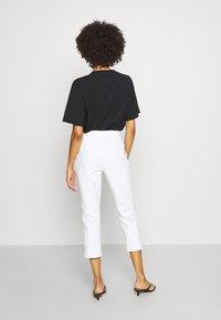 comma - Pantalon classique - white - 2