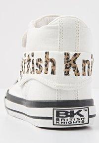 British Knights - ROCO - Sneaker high - white - 3