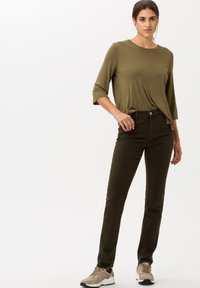 BRAX - STYLE MARY - Slim fit jeans - dark olive - 1