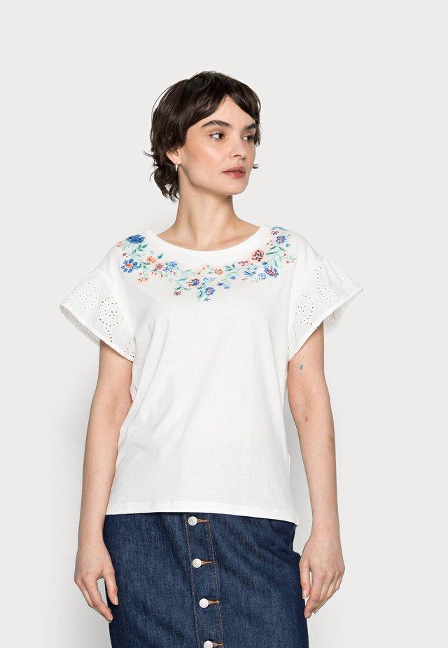 MANGA SWISS BORDADO - T-shirt print - sand