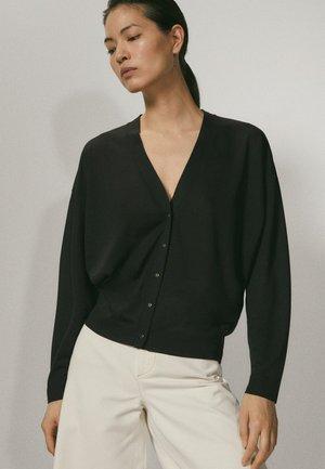 MIT V-AUSSCHNITT  - Cardigan - black
