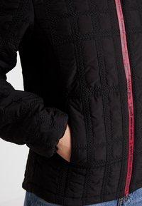 Desigual - PADDED EDIMBURGO - Lehká bunda - black - 4