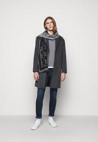 JOOP! Jeans - HOLDEN - Svetr - silver - 1