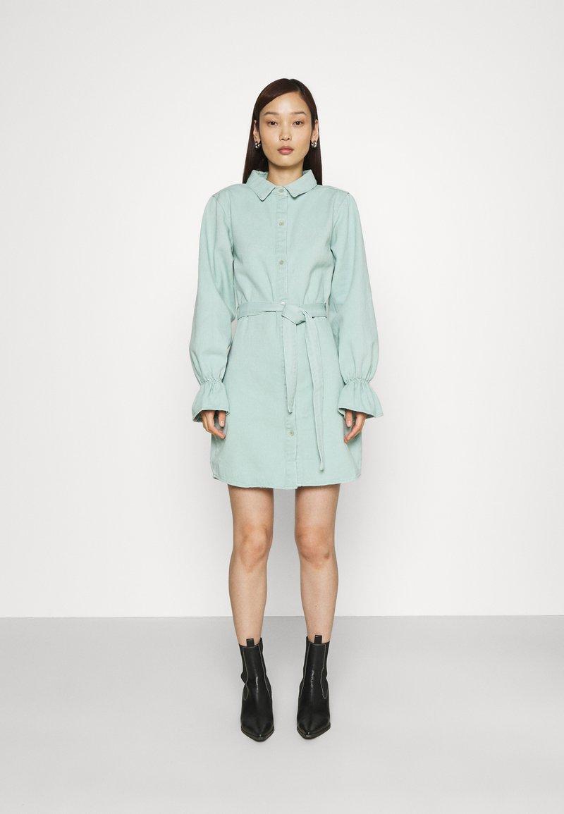 Missguided - FRILL CUFF SHIRT DRESS - Denim dress - sage