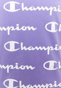 Champion - CREWNECK - T-shirt con stampa - lilac/white - 2