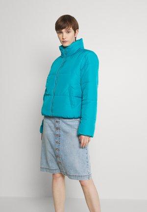 JDYNEWERICA SHORT PADDED JACKET - Winter jacket - algiers blue/silver