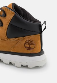 Timberland - TREELINE - Lace-up ankle boots - wheat/white - 5
