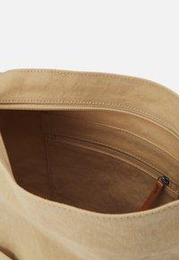 Esprit - Across body bag - beige - 2